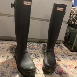 Navy hunter boots style w23499
